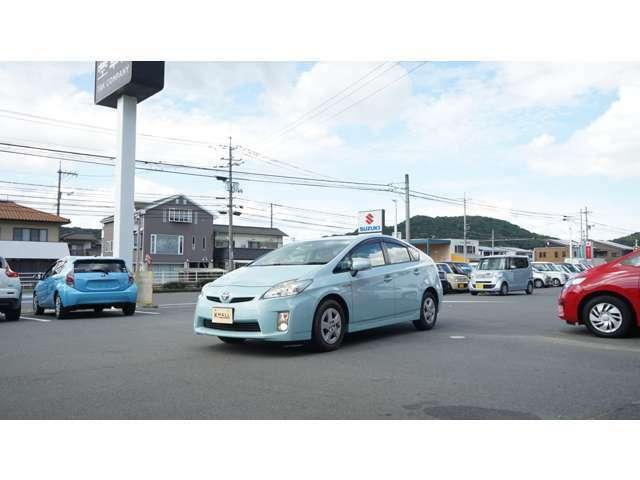 軽自動車にはない広い車内と快適な走りはコンパクトカーだけ!