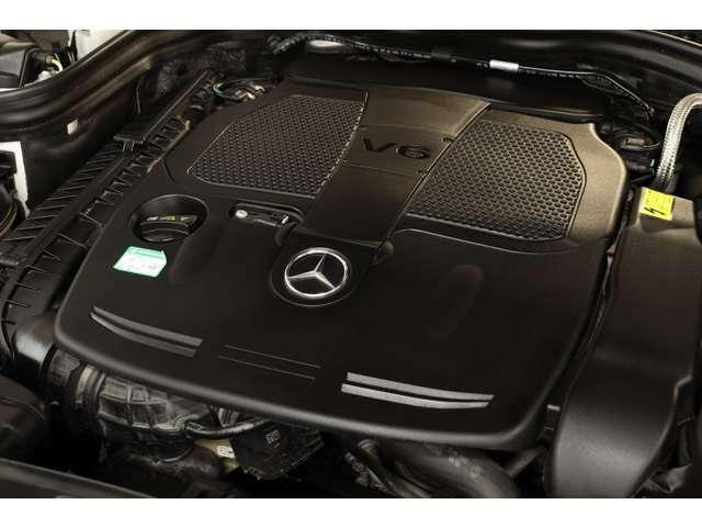 3,500cc V型6気筒DOHCエンジンを装備!カタログ値306psを発生し力強い走りを実現!7GトロニックPLUSによるスムーズな加速も魅力的です!