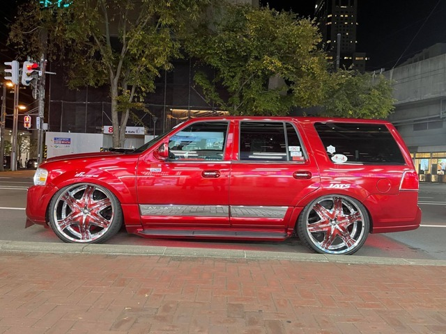 'Red Monigator''D.I.Dリメイクデモカー!前オーナー様のセンスを最大限にリスペクトしてD・I・D流に!ディアブロ・26インチAW+ワンリ・SP001!エアフォース・スーパーパフォーマンスエアサス!モニター11枚他!