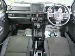 登録済み未使用車で4WDのジムニーが入庫!色もかっこいいカーキー色です。掲載以外にも新着在庫が続々入荷中!まずはお気軽にお問い合わせください☆ SUVLAND熊本店096-379-4907