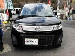 人気のAZワゴンカスタムスタイルがブラックで、車検整備付きで、全国ロング保証24ヶ月又は3万キロまで付いて驚きの価格です^^