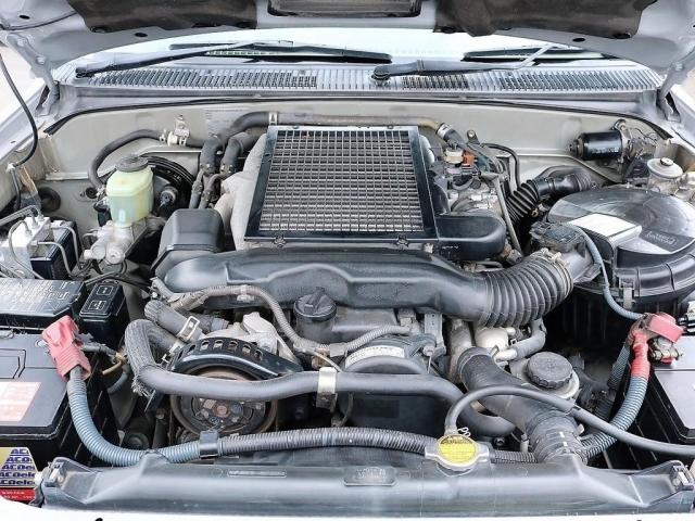 3,000ccディーゼルターボエンジン