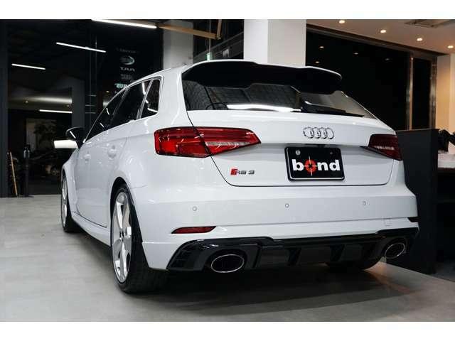 ★【bondブログ】&【bondチャンネル】にて、車両紹介、カスタム紹介、納車ブログを随時更新しています!詳しくは「bondグループ」で検索!★