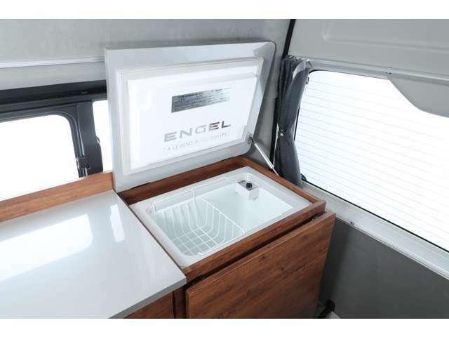 エンゲル製 40L冷蔵庫♪