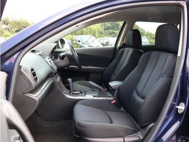 【助手席シート】・・・助手席も非常に綺麗です☆ もちろんですが大きな傷や使用感も御座いません♪ お問い合わせは 0078-6002-734563 までお気軽にお電話下さい!