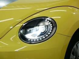 オプション LEDポジショニングランプ付バイキセノンヘッドライト(オートハイトコントロール機能付)☆関東最大級のAudi・VW専門店!豊富な専門知識・経験で納車後もサポートさせていただきます☆