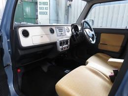 購入していただいた車両は自社運営の運輸局指定整備工場にて点検記録簿付整備を実施してから納車させていただきます。