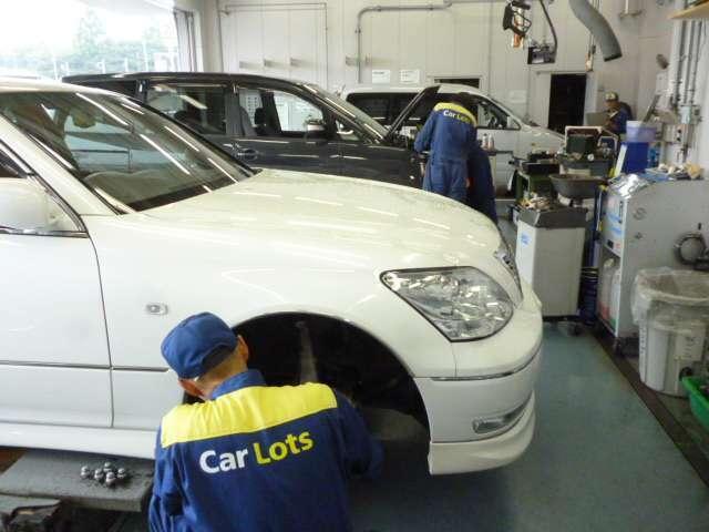 Aプラン画像:運輸局指定のサービス工場も併設しています。運営もトヨタで安心♪点検や整備、修理など、お気軽にご用命くださいませ!車検も基本、当日に完了!お待たせしません。ぜひ、お問い合わせ下さい!