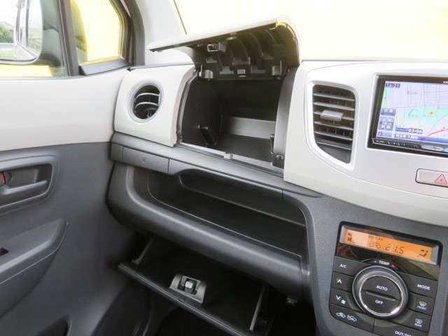 軽自動車でも収納スペースがたくさん確保されています!