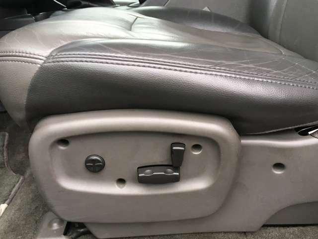 お買い得軽自動車から、US仕様のオリジナルカスタムカーまで多数在庫ございます!。