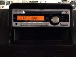 CDチューナーにはAUX入力端子がついてますので外部入力から音楽などを楽しめます。