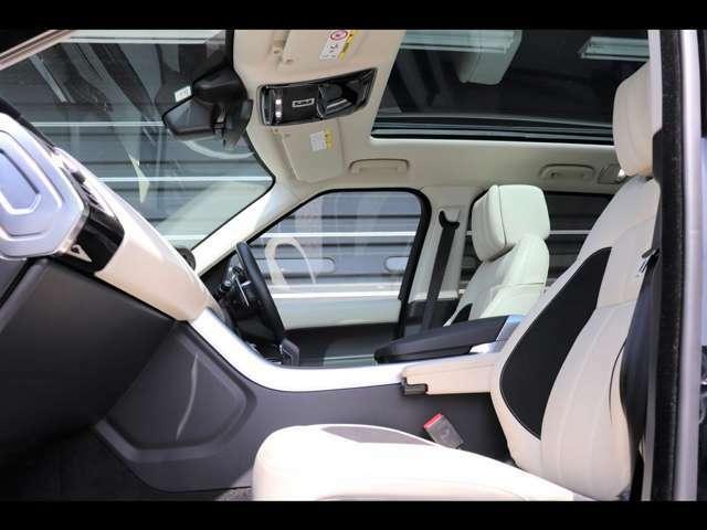シートは座面やホールド感を含め座り心地がよく設計されております。また運転席も使用感はなくきれいな状態を保って入庫しております。