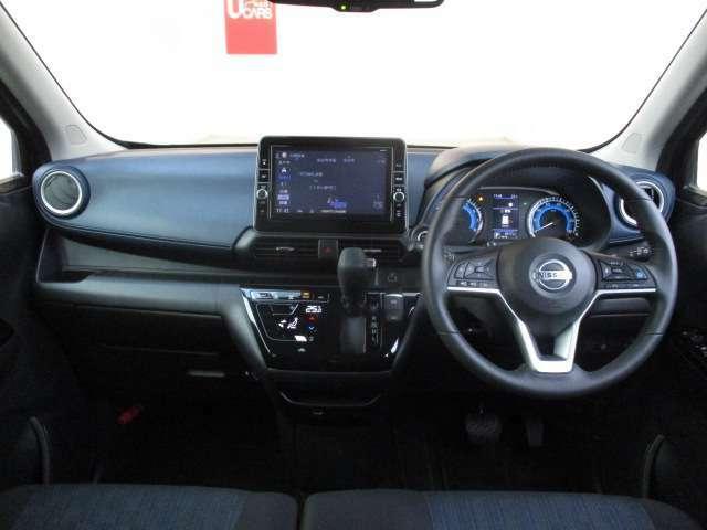 広々とした見晴らし角度を確保☆信号や標識の視認性が向上し、安全運転に貢献☆