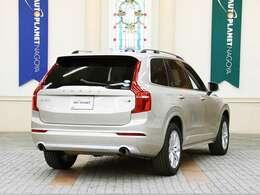 ボルボの上質な3列SUV、XC90のご紹介です!