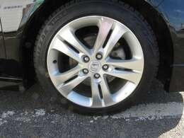 純正アルミです。タイヤはスタッドレス