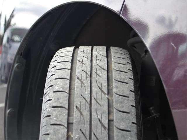 タイヤの山も7分山以上!安心の国産タイヤで楽しくドライブして下さい★