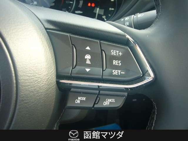 ◆レーダークルーズコントロール◆ミリ波レーダーで先行車との速度差や車間距離を認識。約0~100km/hの範囲で、先行車との車間を維持しながら追従走行が可能。長距離走行でのドライバーの負担を軽減します◆