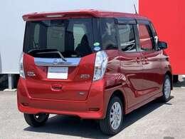 全国共通の日産ワイド保証が1年付きます。エンジン、トランスミッション、エアコンの不調なども日本全国の日産で対応できます。また、有料で3年間まで延長できますよ。