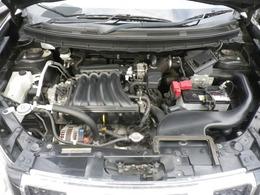 2リッタータイミングチェーン式エンジン。