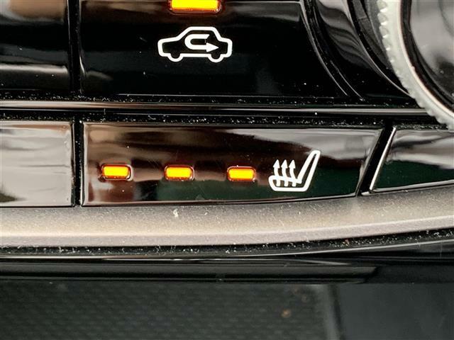 【シートヒーター】座席が温かくなります。冬場に活躍する装備です!