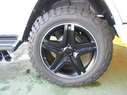 AMG20インチアルミ タイヤサイズは295/55R20です