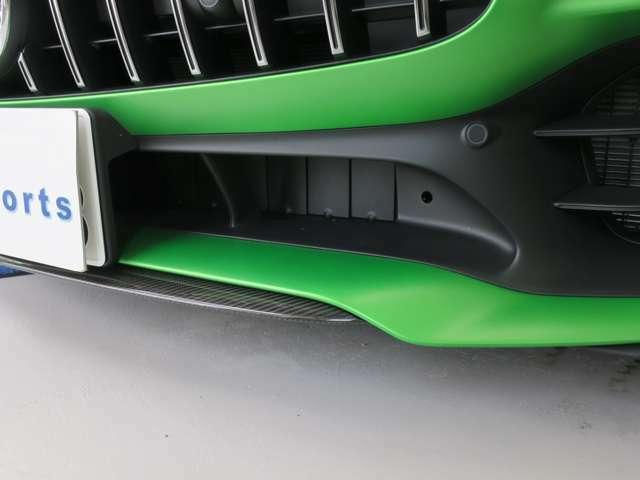 AMGエクステリアカーボンパッケ-ジ(フロントスポイラーリップ サイドアウトレットフィン サイドスカート ドアミラーカバー リアディフューザートリム アジャスタブルリアウイング マットブラックホイール