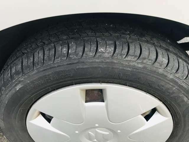 タイヤ溝まだまだあるので購入後の余計な出費がいりません!