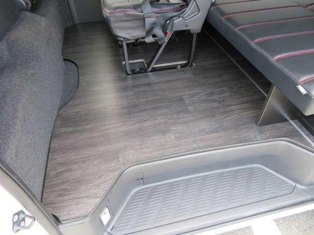 簡易床パネルも完備です!ノーマルシート配列に戻すことも可能です!