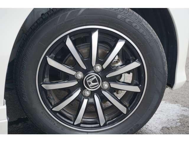 155/65R14 純正アルミホイール付き タイヤは交換して納車します。