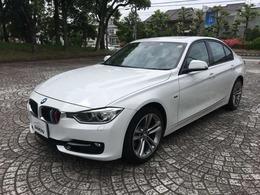 BMW 3シリーズ 328i スポーツ サンルーフ・TV付き