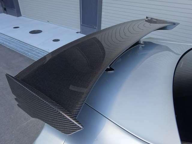 NISMO専用カーボン製リヤスポイラー