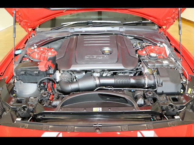 2.0リッター i4 ディーゼルエンジン&8速オートマチックトランスミッションの組み合わせです!