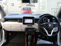 アクティブなイメージにぴったりの車内インテリアです^^