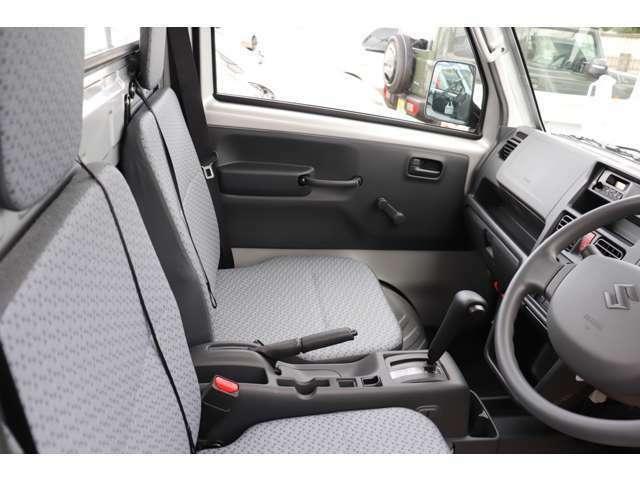 ご来店予約・在庫確認・お車の詳細等は048‐871-9790迄お気軽にご連絡下さい。
