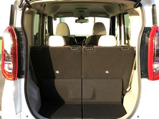 【ラゲッジルーム】大容量のスペースを確保。シートアレンジを変えることで大きな荷物等も収納可能です!
