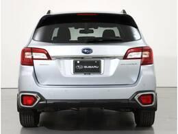SUBARU 認定U-Carでは独自の厳しい基準を設けた「まごころクリーニング」を全車に実施。細かい汚れやニオイもケアした高品質なクルマをご提供します。