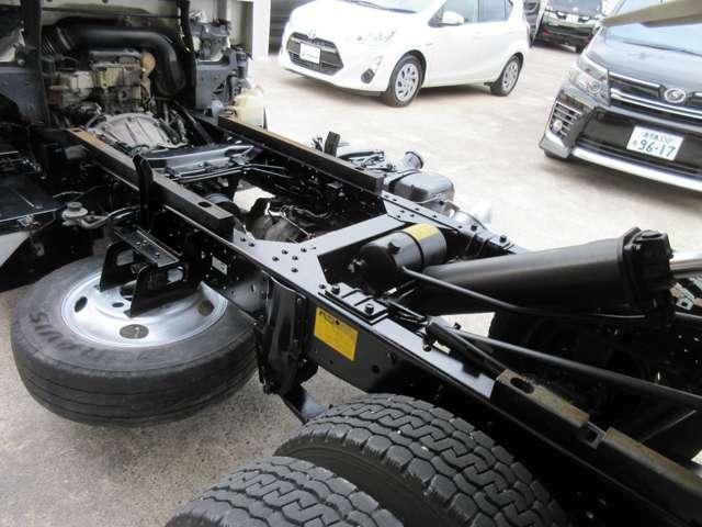 【自社整備工場完備】修理対応、ロードサービス、任意保険、鈑金修理等のアフターフォローお任せ下さい。