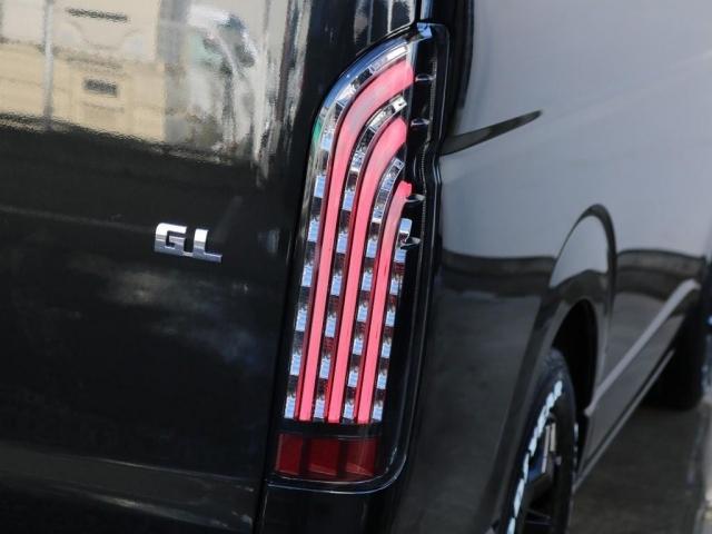 新品フレックス煌LEDテールを装着しており、後ろから見た印象もより迫力のある1台となっております!!