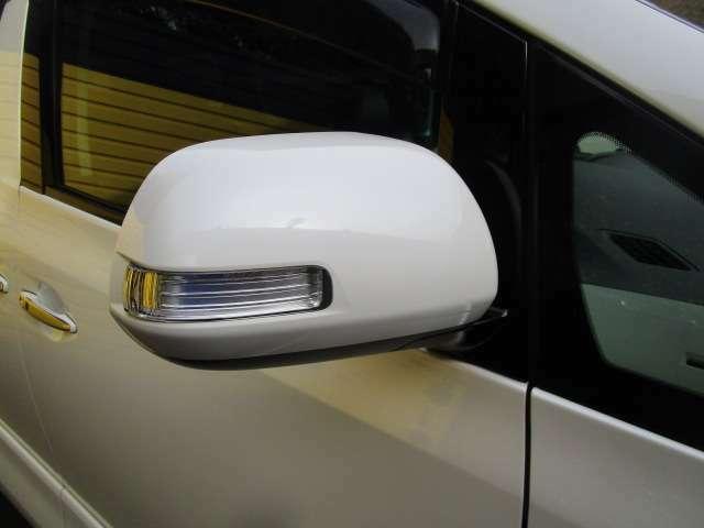 ドアミラーウインカー付!見た目も良いし視認性も良くなる安全装備で一石二鳥!!
