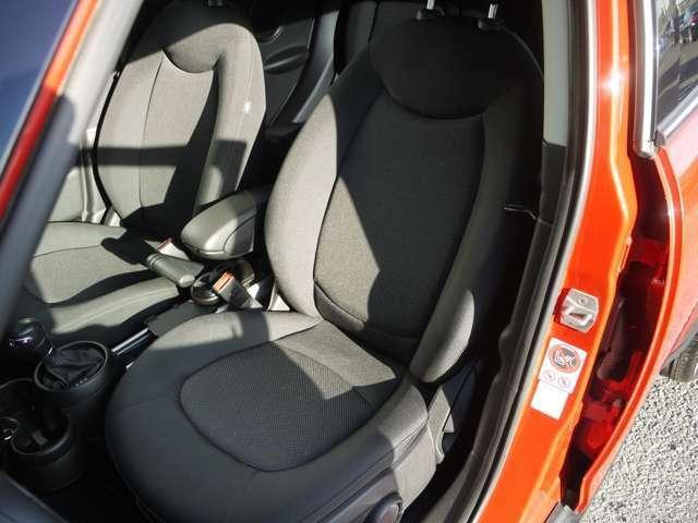 程よい硬さのシートで長距離ドライブも疲れにくいです♪