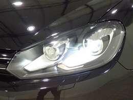キセノンヘッドライト!通常のライトの2倍の光量です!
