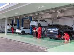 ●国交省運輸局指定民間車検工場の自社整備工場完備してます!