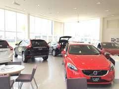 新型車両展示、是非ボルボの魅力をショールームでご体感下さい。