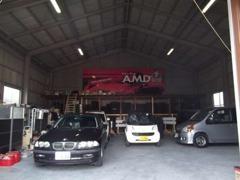 倉庫内でお客様の車両を大切に保管させていただきます。