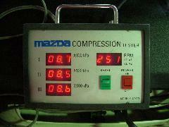 ロータリーエンジン車はコンプレッション表示しております。