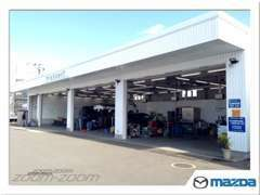 ■整備工場を併設しております。急なトラブルがおきても安心です。タイヤ交換・オイル交換からお気軽にどうぞ♪