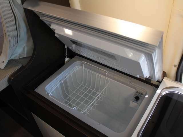 DC式40L冷蔵庫もございます!