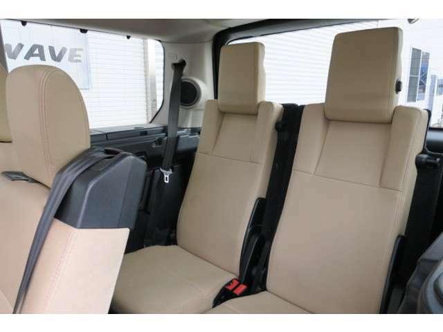サードシートまで広々しているので、7名乗車でのお出掛けも楽しく、快適に過ごせそうです♪