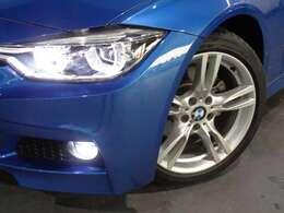 LEDヘッドライト&LEDフォグランプ!BMWの存在感を発揮します!