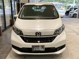 ホンダの安全運転支援システム「HondaSENSING」がついております!車線維持支援システムや、前走車を検地し、自動で加減速を行うアダプティブ・クルーズ・コントロールなど全部で8種類あります!